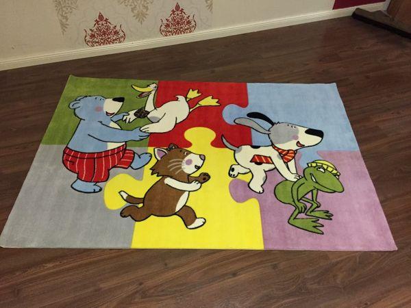 Kinderteppich Gustav Die Freunde Spielen in Bunt 180 x 120 cm